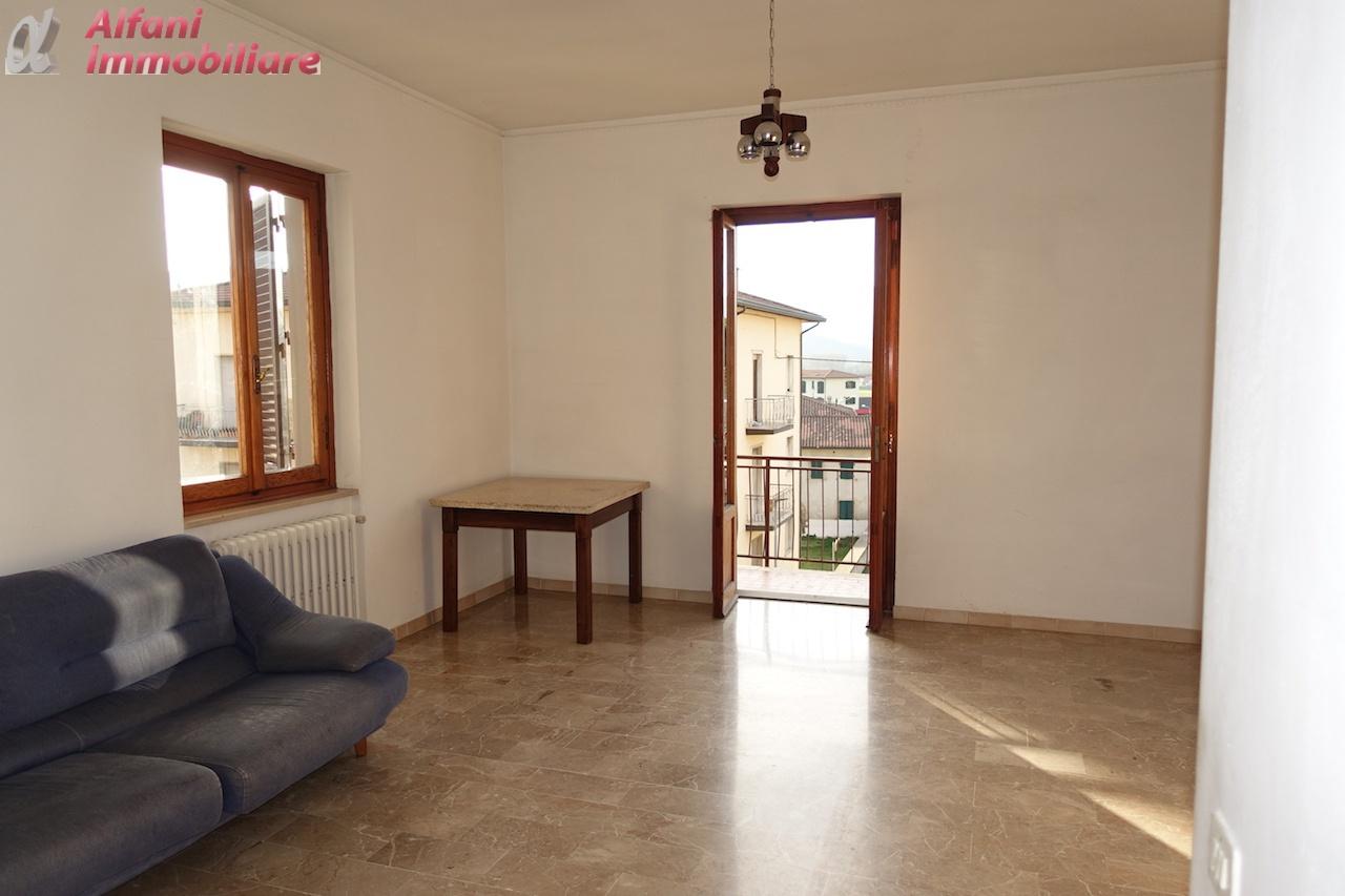 Appartamento in vendita a Bibbiena, 6 locali, prezzo € 120.000 | PortaleAgenzieImmobiliari.it