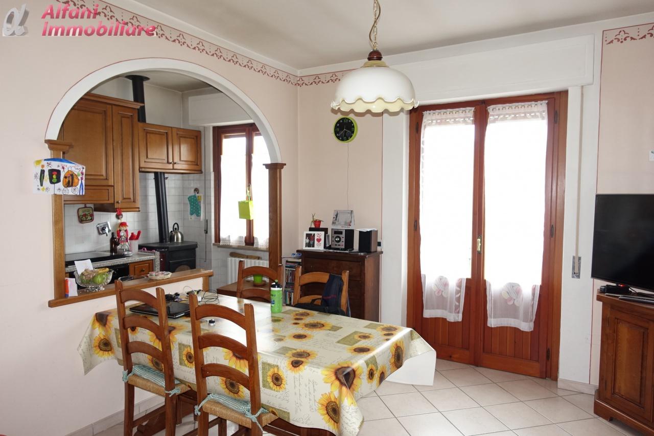 Appartamento in vendita a Poppi, 6 locali, prezzo € 150.000 | PortaleAgenzieImmobiliari.it