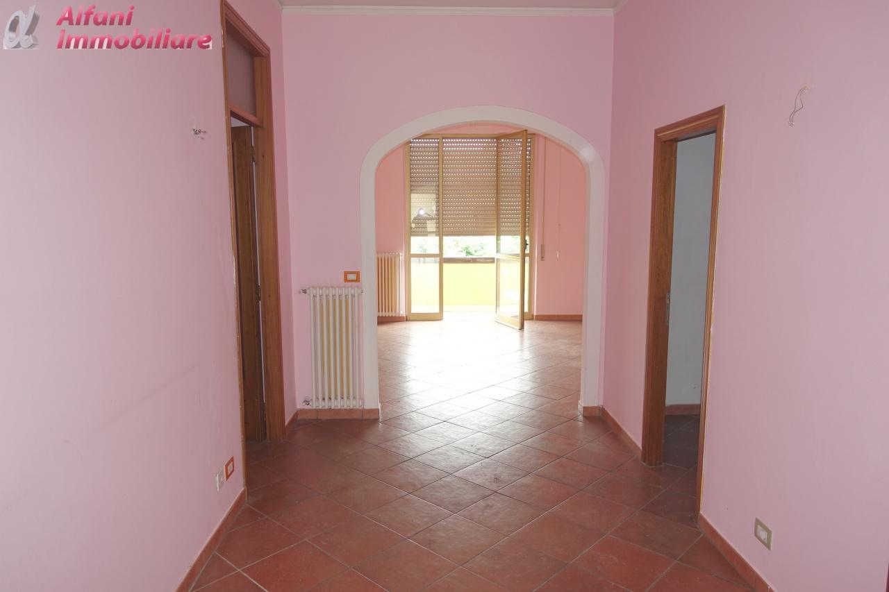 Appartamento ristrutturato in affitto Rif. 8740572