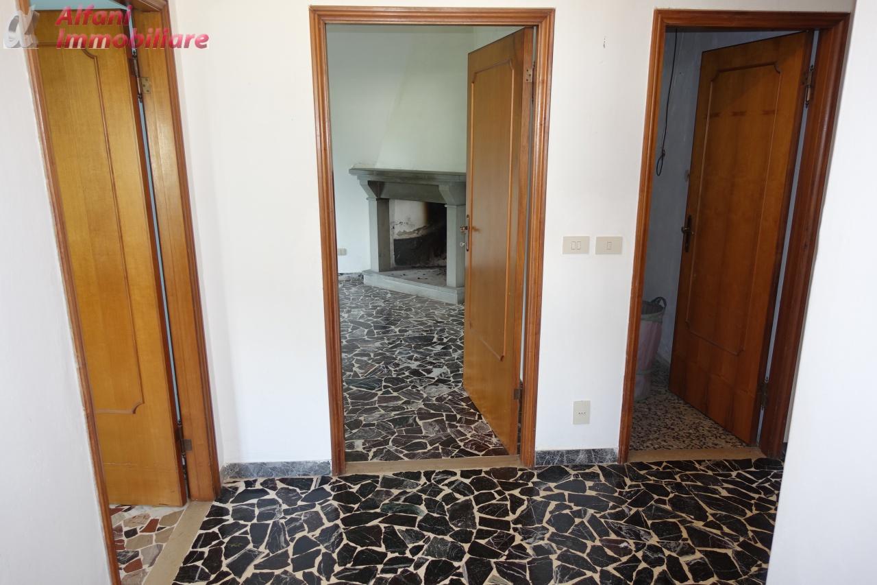 Appartamento da ristrutturare in vendita Rif. 7479862