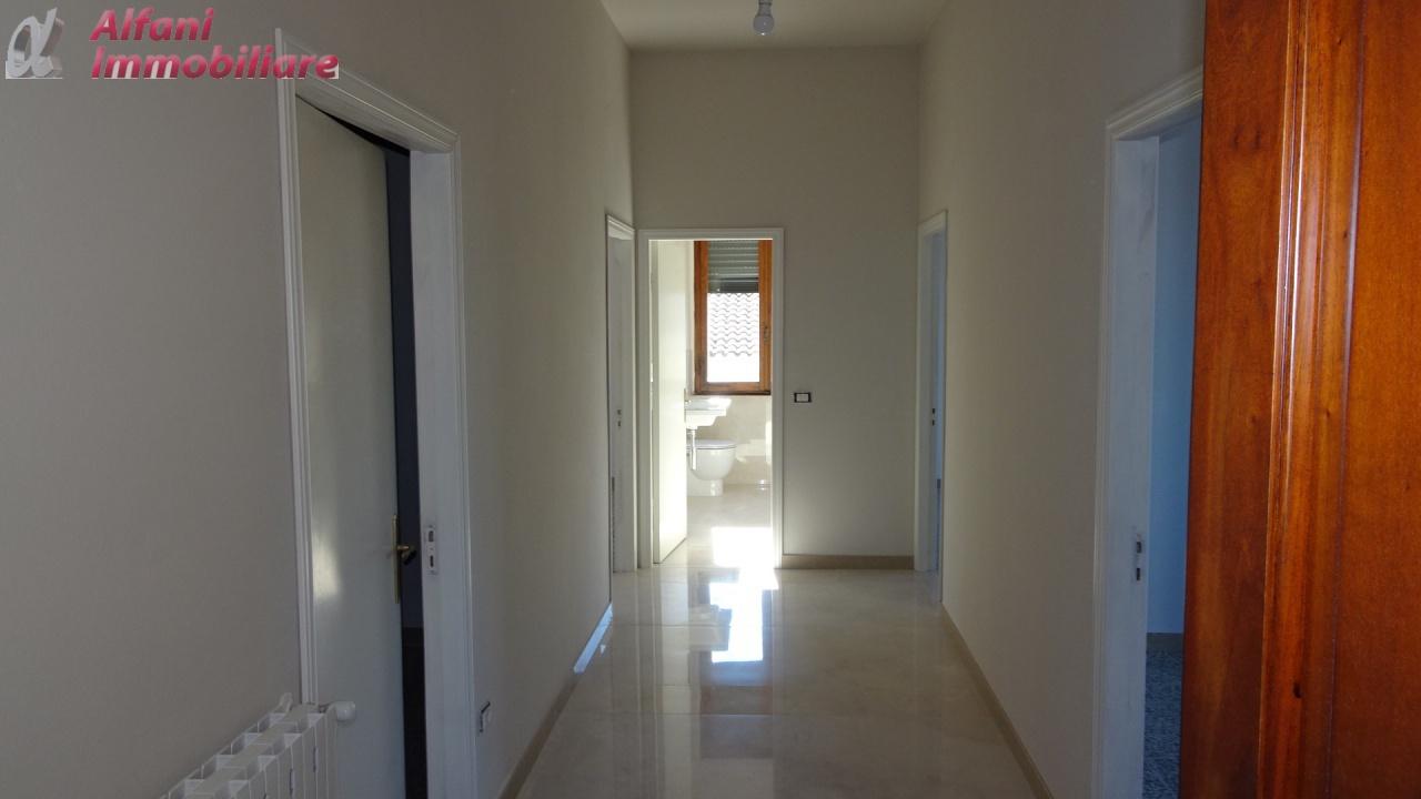 Appartamento ristrutturato in affitto Rif. 9313038
