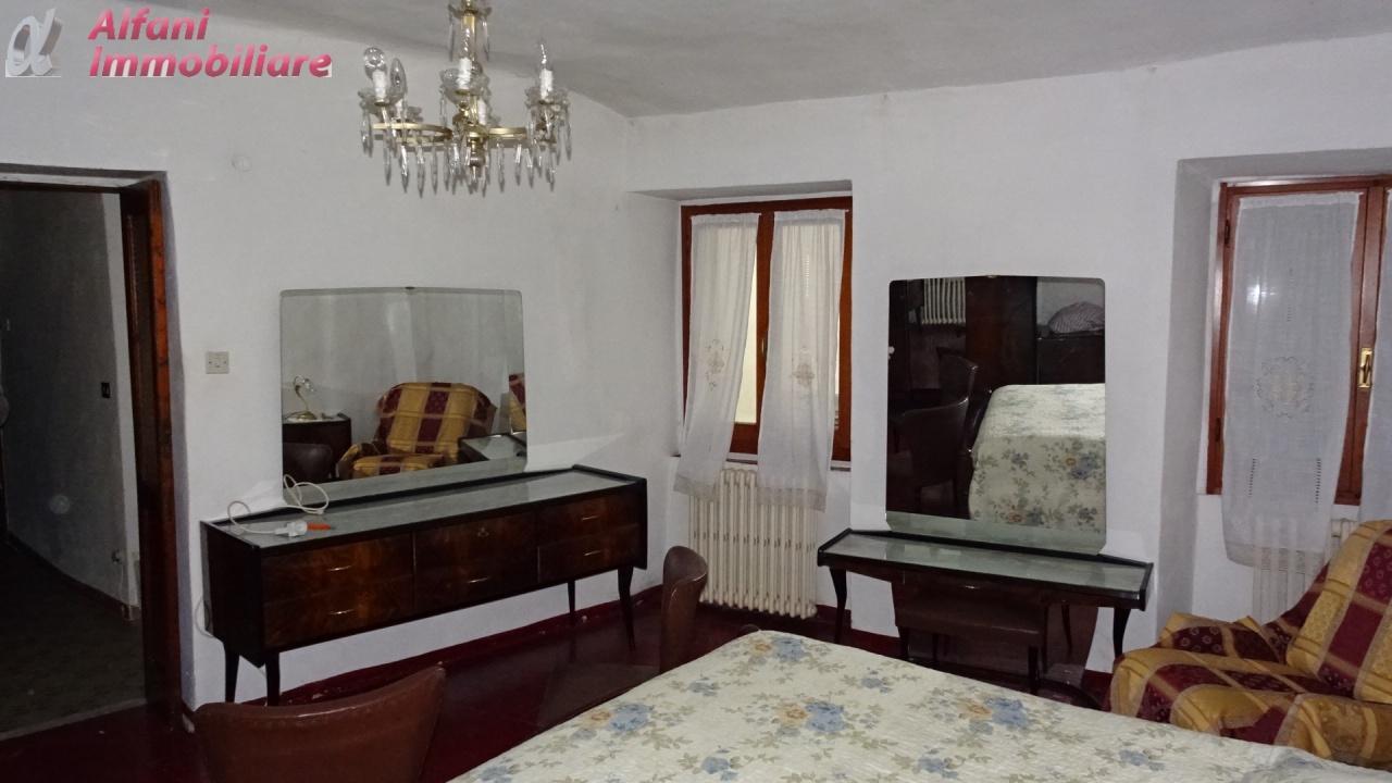 Appartamento da ristrutturare arredato in affitto Rif. 9508873