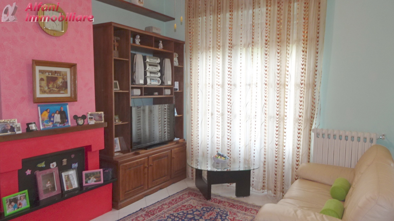 Appartamento in ottime condizioni in vendita Rif. 10337958