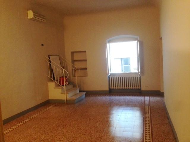 Bilocale Firenze Via Santo Spirito 2