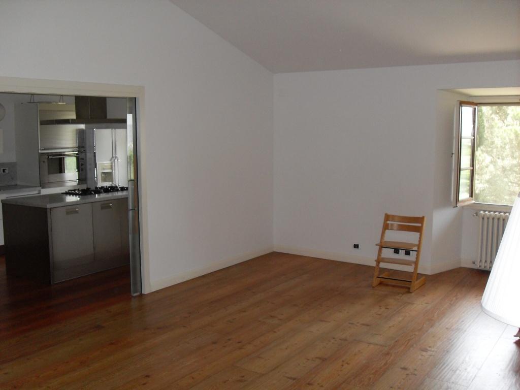 Appartamento in ottime condizioni in vendita Rif. 11672877