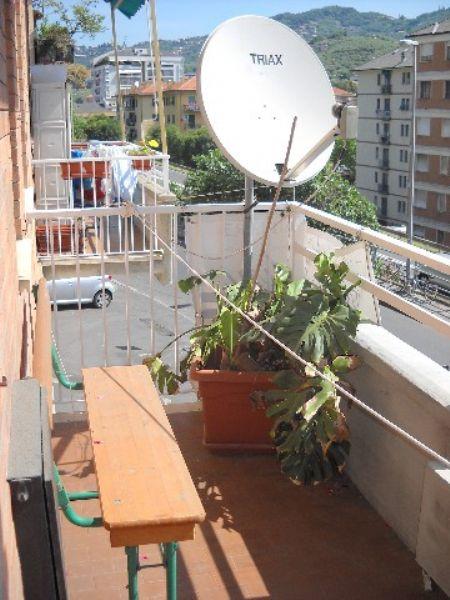 Appartamento in vendita a Chiavari, 5 locali, prezzo € 200.000   CambioCasa.it