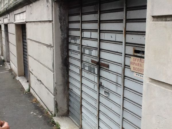 Magazzino in affitto a Genova, 2 locali, zona Località: STURLA, prezzo € 300 | Cambio Casa.it