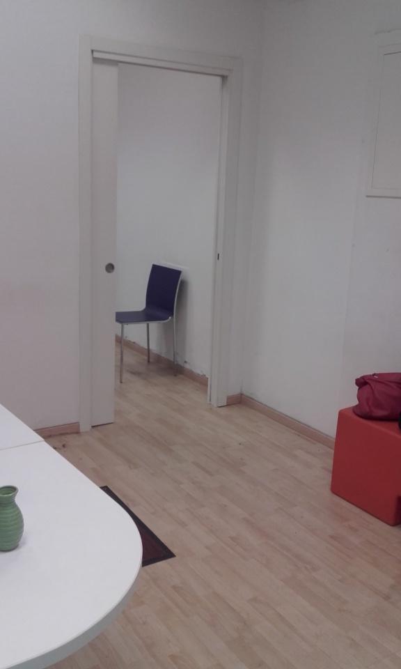 Negozio / Locale in affitto a Genova, 4 locali, prezzo € 400 | CambioCasa.it