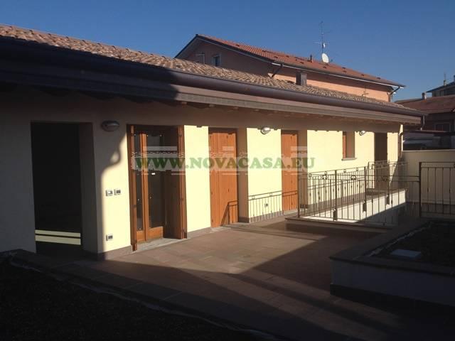 Appartamento in vendita a Pantigliate, 3 locali, prezzo € 195.000 | CambioCasa.it
