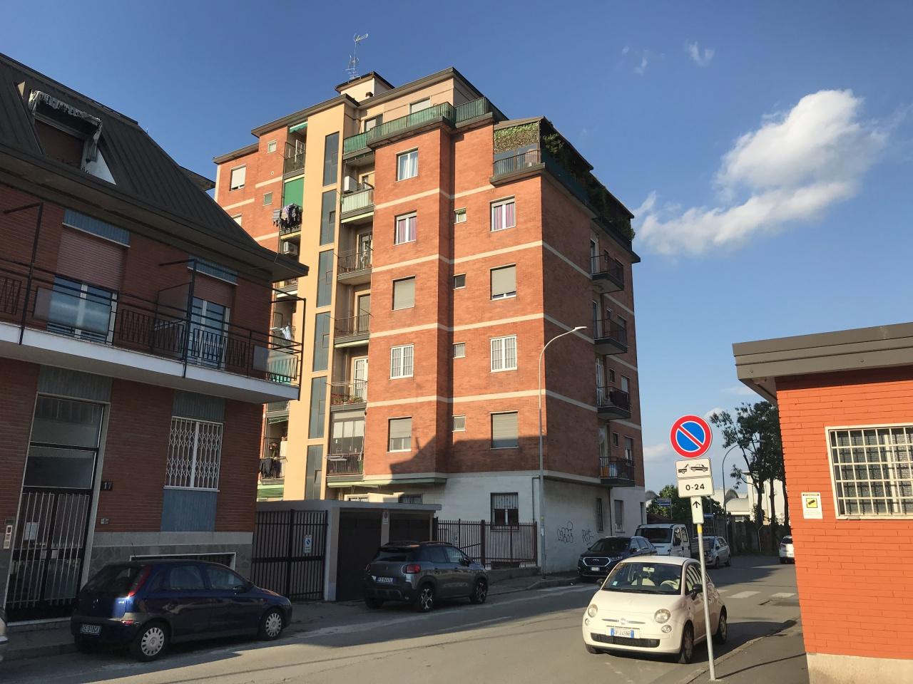 Appartamento in buone condizioni in vendita Rif. 10367306