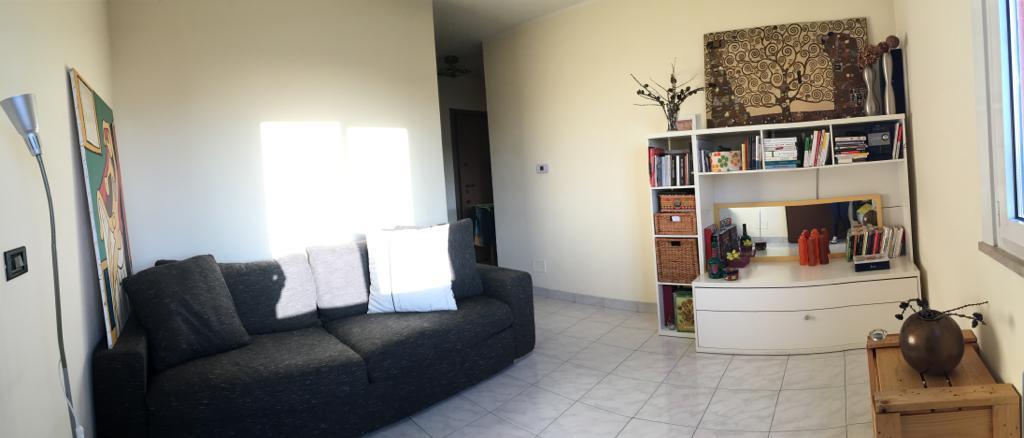 Appartamento in ottime condizioni arredato in vendita Rif. 11904246