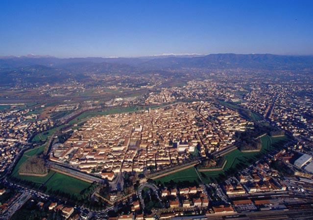 Bilocale Lucca  3