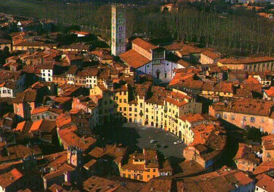 Bilocale Lucca  5