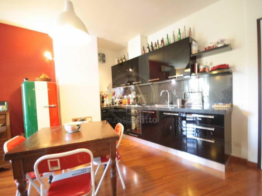 Appartamento in affitto a Lucca, 2 locali, prezzo € 620 | CambioCasa.it