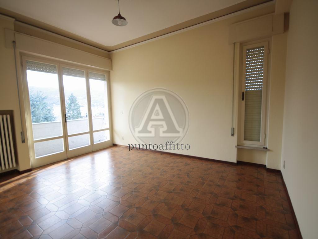 Appartamento in affitto a Lucca, 4 locali, prezzo € 700   CambioCasa.it