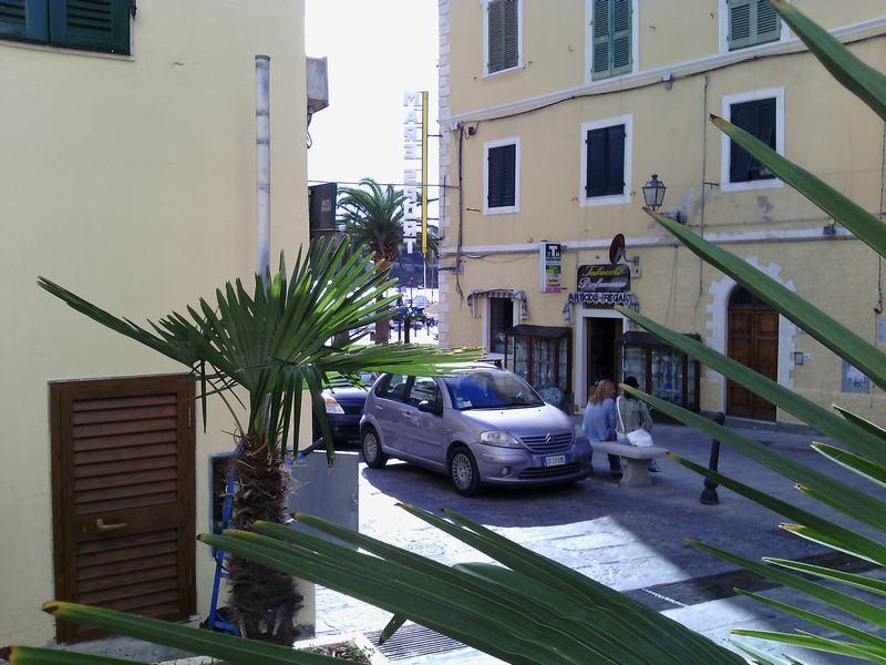 Bilocale Porto Azzurro  6