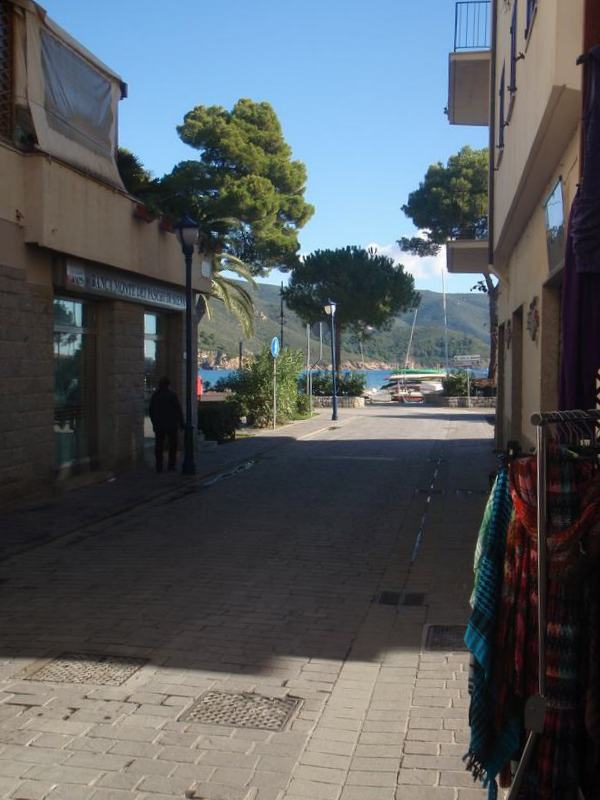 locale commerciale Livorno