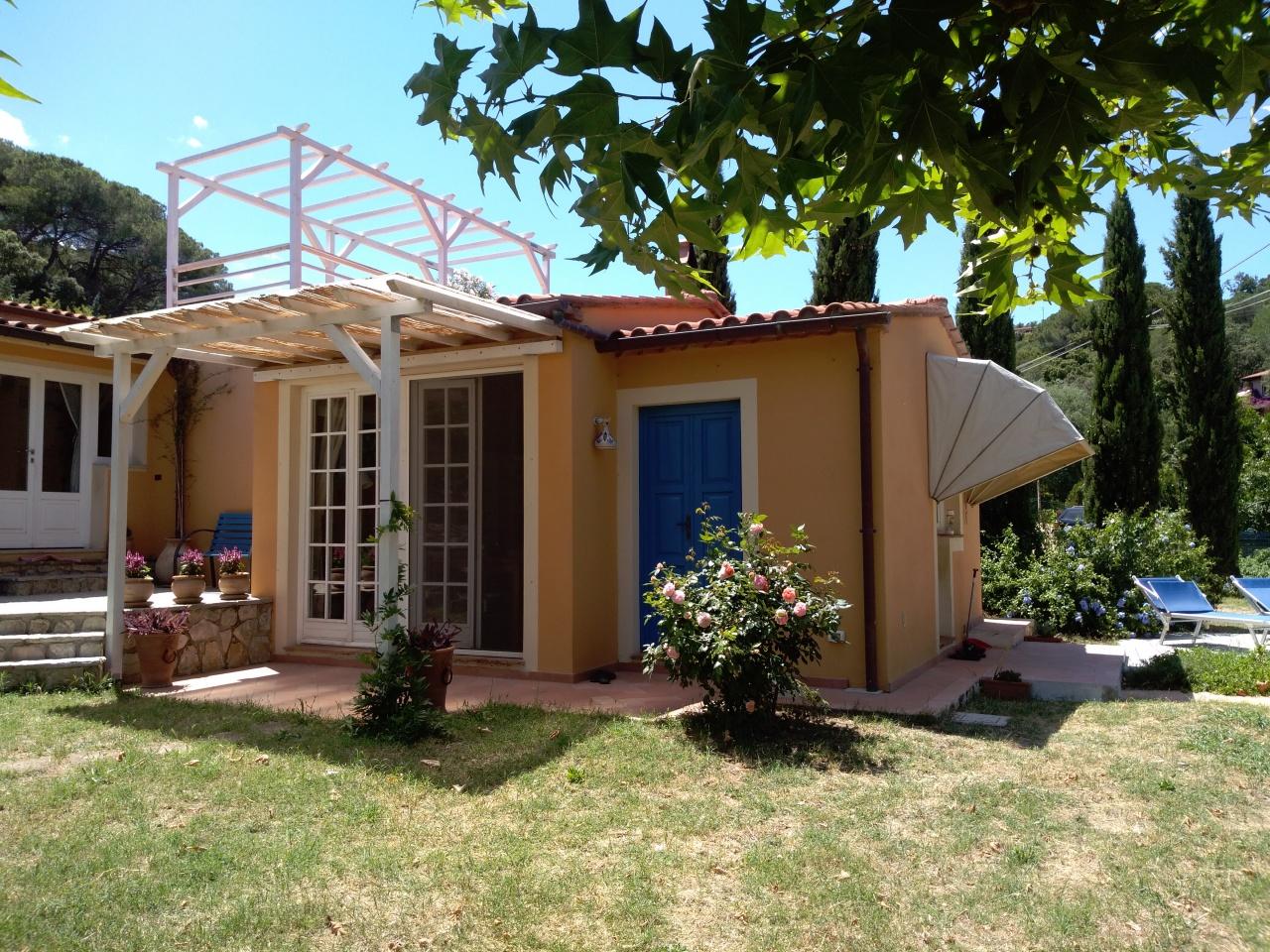 Appartamento in ottime condizioni in vendita Rif. 11026780