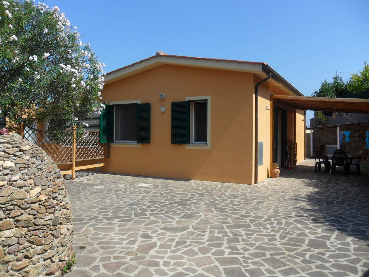 Appartamento in ottime condizioni in vendita Rif. 11026781