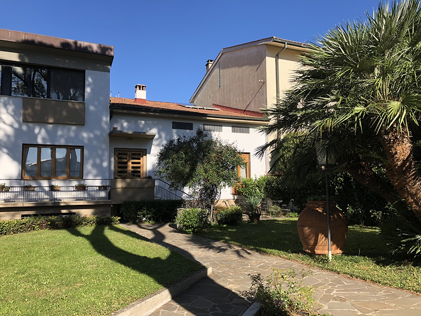 4  VANI Sesto Fiorentino, porzione di villetta, 90 mq, buone condizioni, ben arredato, giardino condominiale, termocentrale.