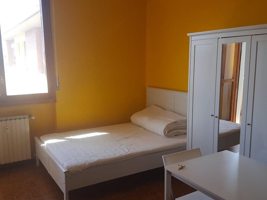 Monolocale in buone condizioni arredato in affitto Rif. 11804864