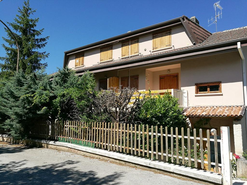 Appartamento in vendita a Campo di Giove, 3 locali, prezzo € 45.000 | CambioCasa.it