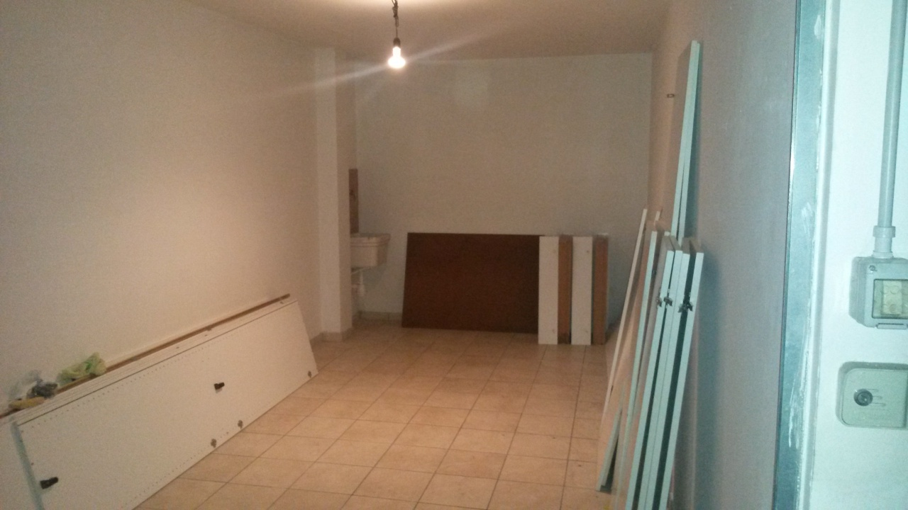 Box / Garage in vendita a Pescara, 1 locali, prezzo € 16.000 | CambioCasa.it