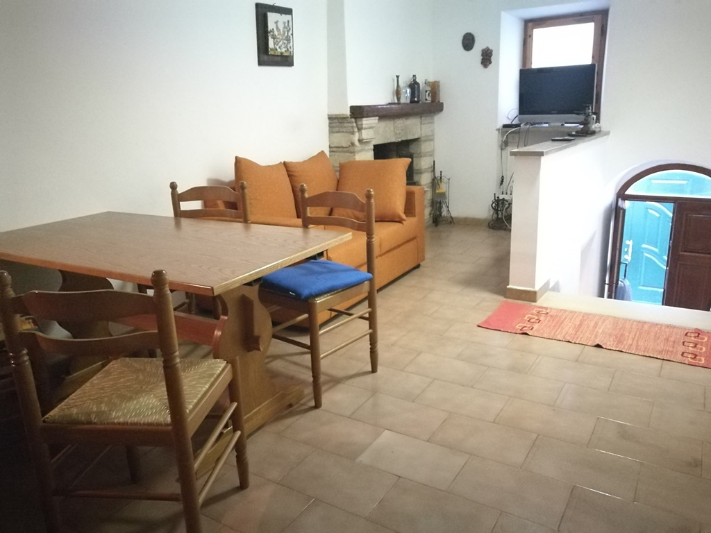 Casa Indipendente ROCCAMORICE SRE1896