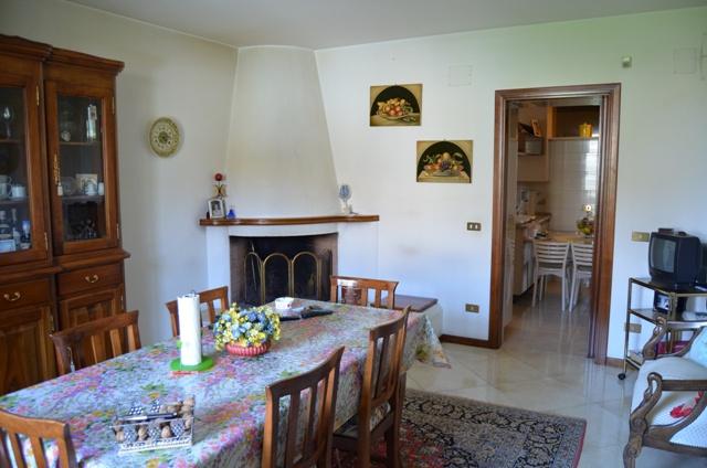 Villa singola COLLECORVINO SRE2003SI