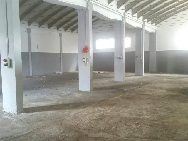 Capannone in vendita a Collecorvino, 4 locali, prezzo € 160.000 | CambioCasa.it