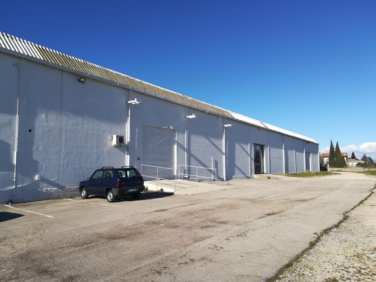 Capannone Industriale COLLECORVINO SRE2034SI