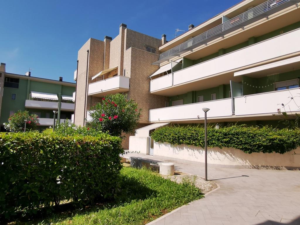 Appartamento in vendita a San Giovanni Teatino, 3 locali, prezzo € 104.000 | PortaleAgenzieImmobiliari.it