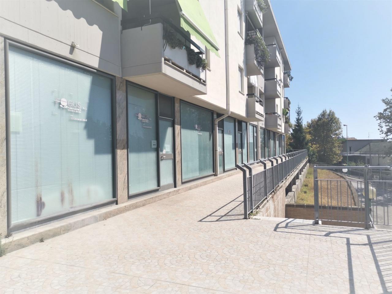 Locale Commerciale PESCARA SRE2053