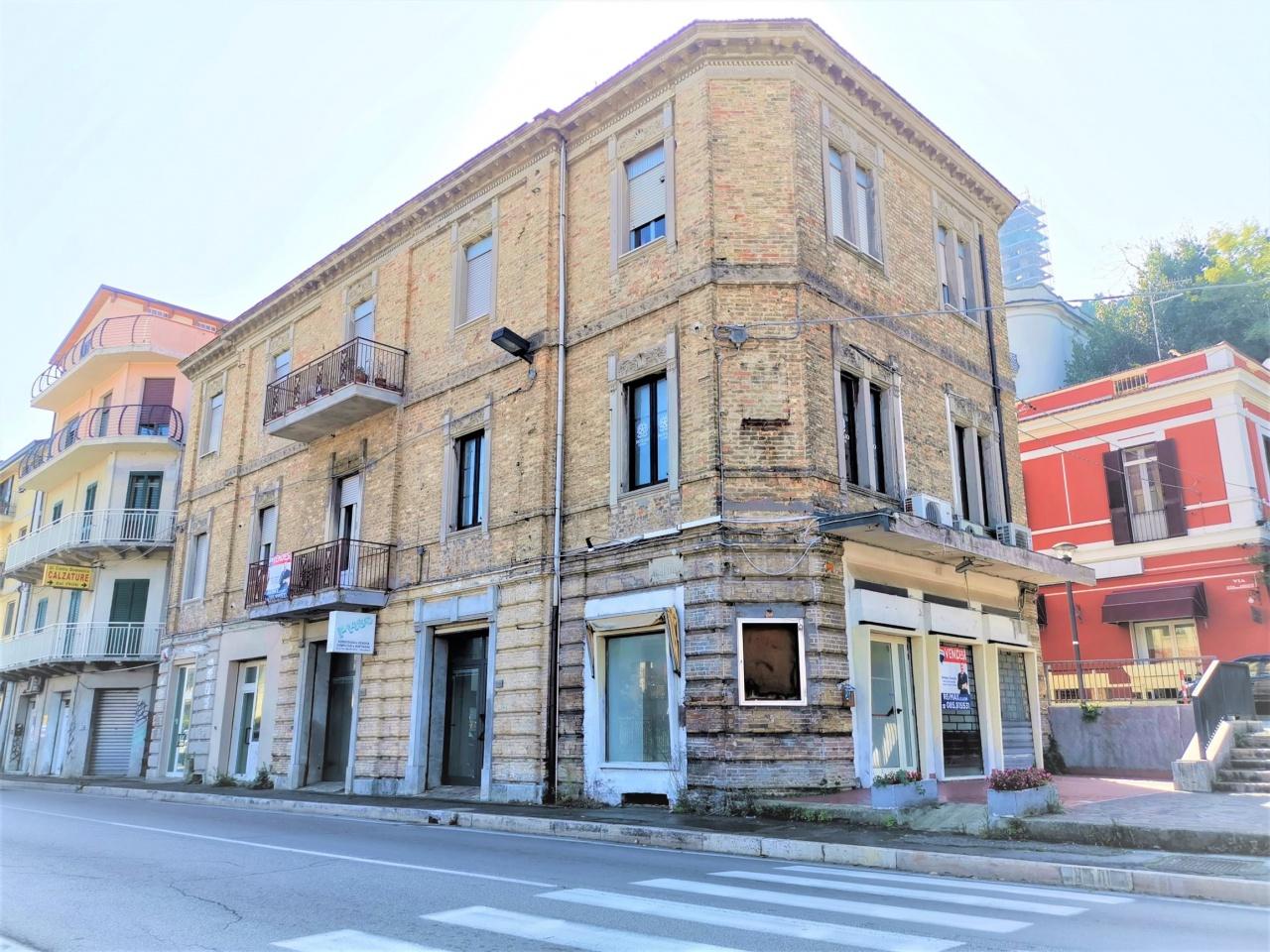 Vendita Locale Commerciale FRANCAVILLA AL MARE