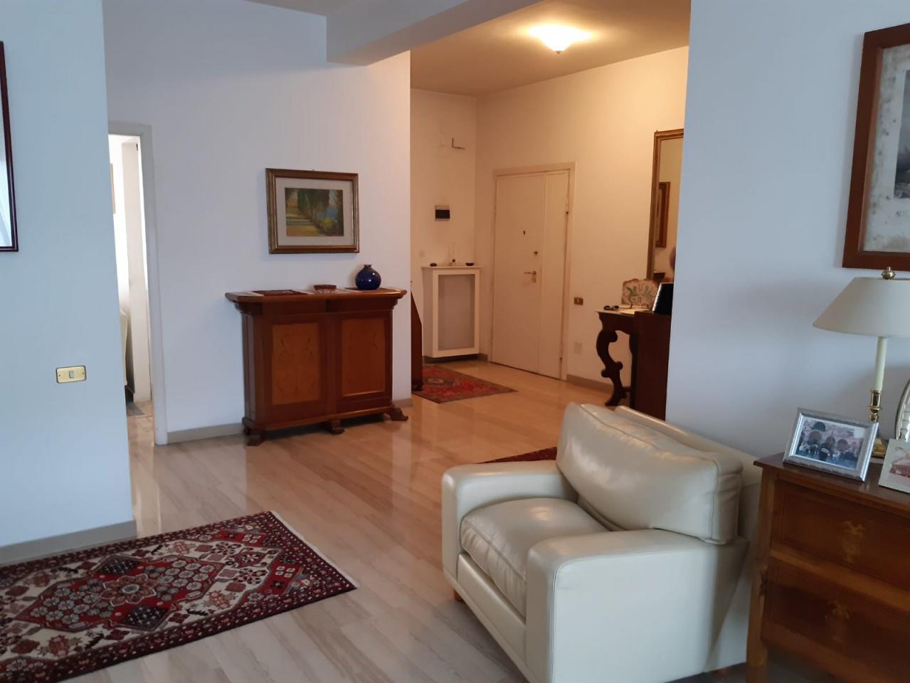 Appartamento, 130 Mq, Vendita - Pescara (Pescara)