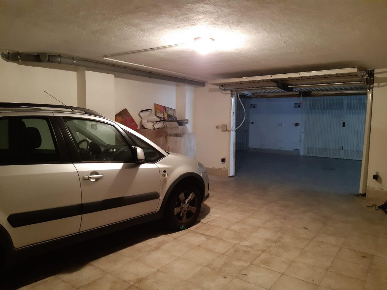 Box/Posto auto in Vendita PESCARA