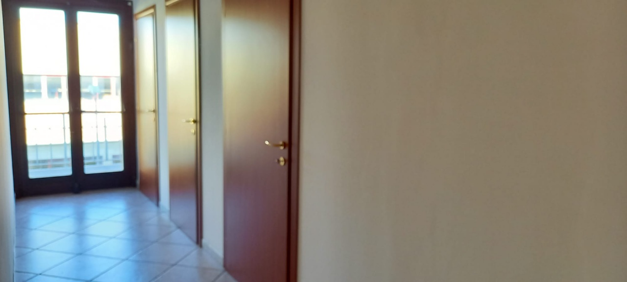 Ufficio trilocale in affitto a San Giovanni Teatino (CH)-4