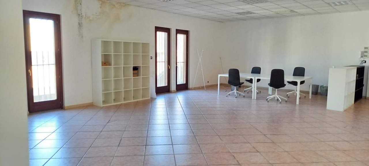Ufficio trilocale in affitto a San Giovanni Teatino (CH)-5