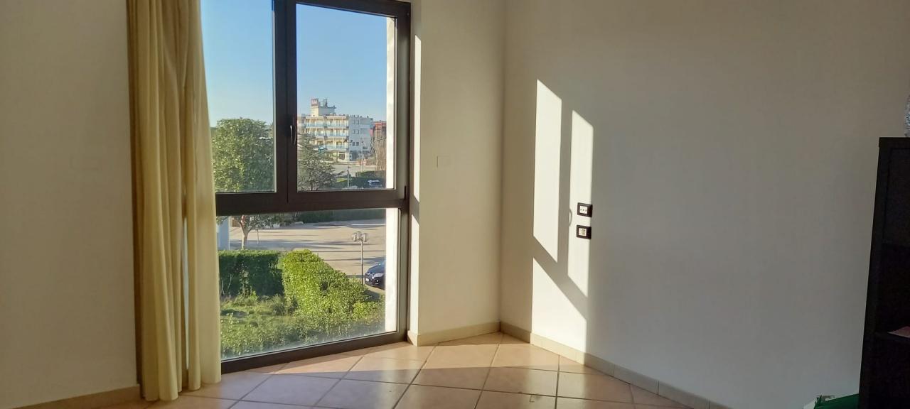 Ufficio trilocale in affitto a San Giovanni Teatino (CH)-9