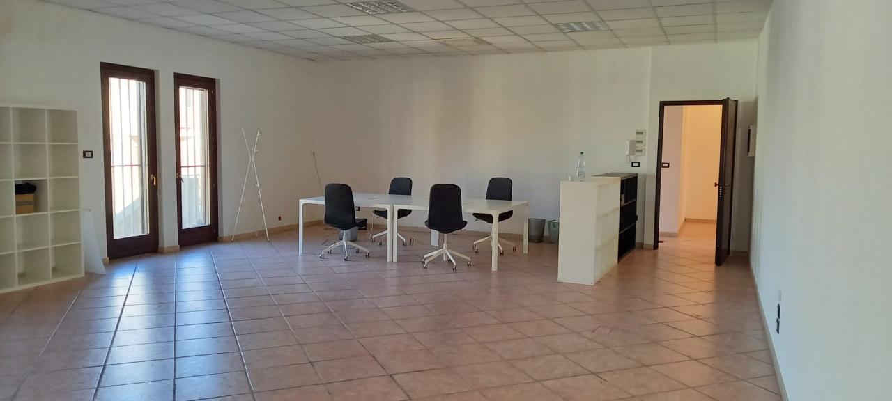 Ufficio trilocale in affitto a San Giovanni Teatino (CH)-15