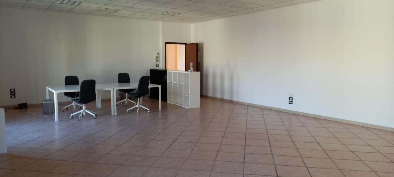 Ufficio trilocale in affitto a San Giovanni Teatino (CH)-16