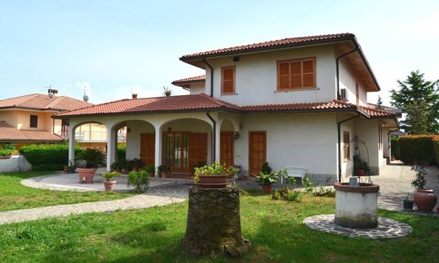 Villa singola in Vendita COLLECORVINO