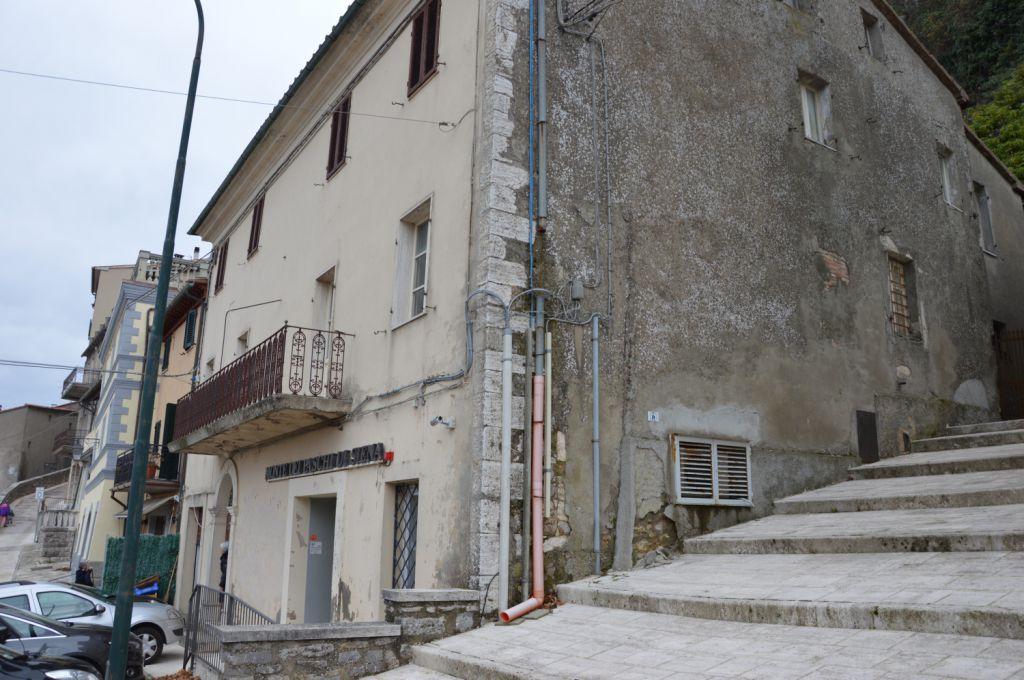 Stabile/Palazzo CASTIGLIONE D'ORCIA TI-383