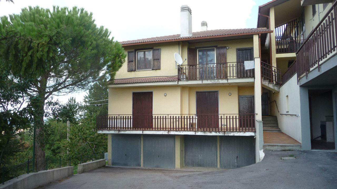 Appartamento in vendita a Seggiano, 4 locali, prezzo € 74.000 | PortaleAgenzieImmobiliari.it