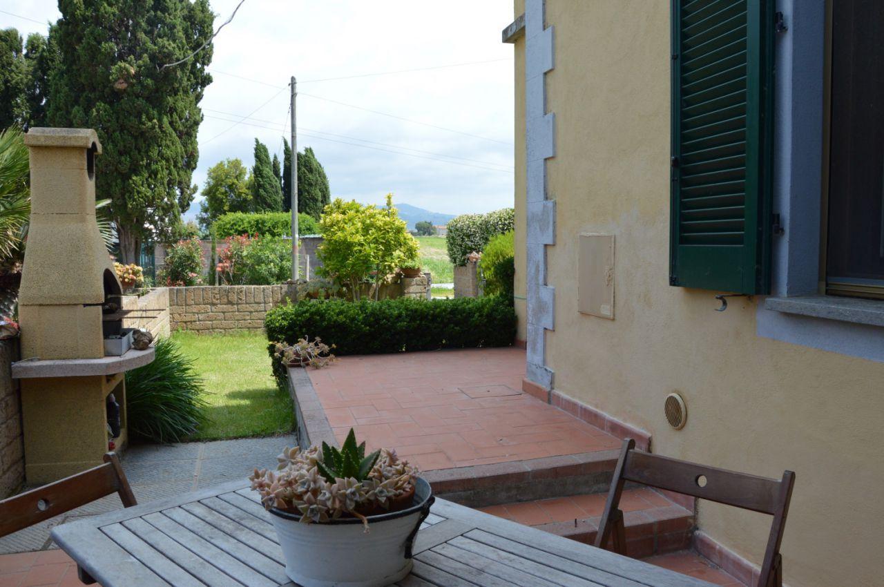 Appartamento in vendita a Campiglia Marittima, 3 locali, prezzo € 150.000 | PortaleAgenzieImmobiliari.it