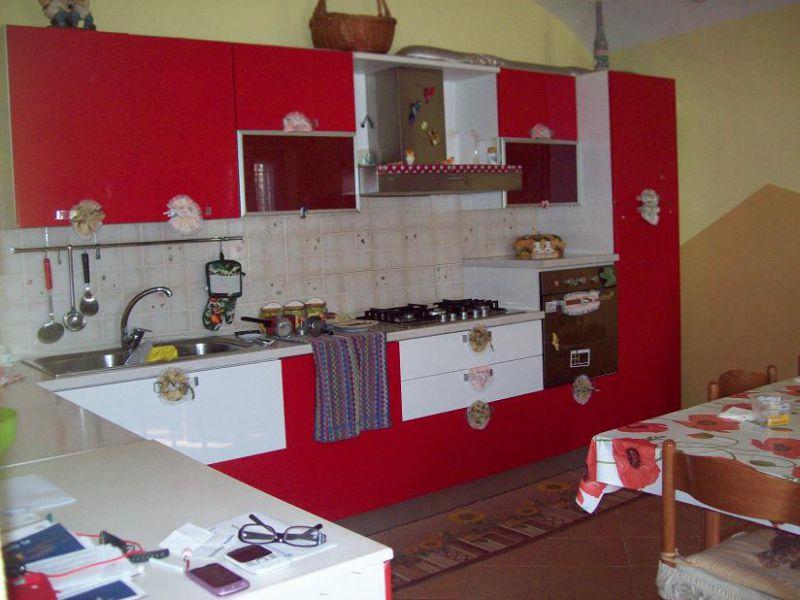 vendita casa indipendente caresana 5 160  130.000 €