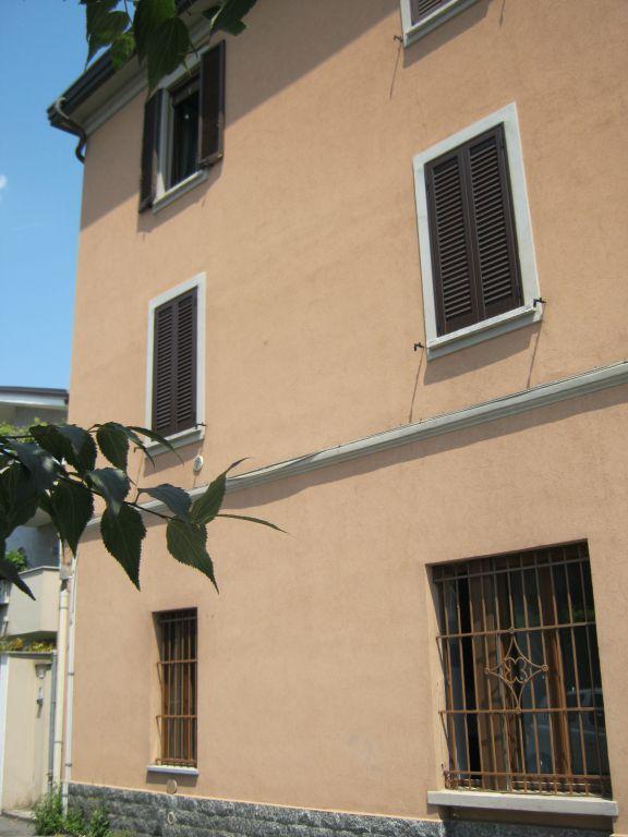 Bilocale Cernusco sul Naviglio Via Marconi 3