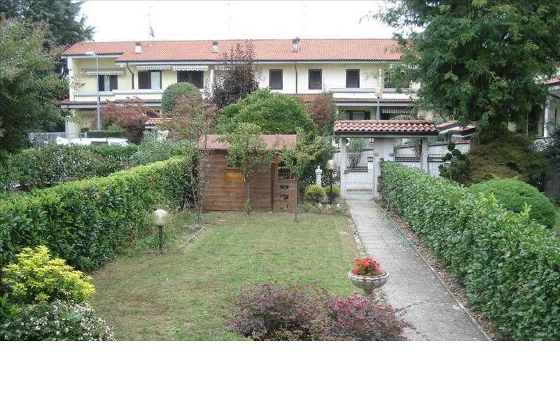 Villa a Schiera in vendita a Cassina de' Pecchi, 4 locali, zona Località: CENTRO Fermata MM2, prezzo € 335.000   Cambio Casa.it