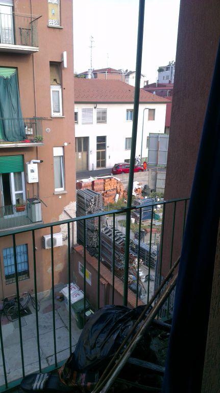 Bilocale Milano Via Nuoro 7