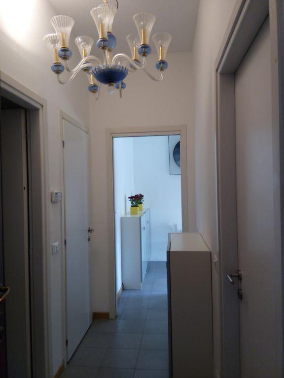 Bilocale Milano Via De Notaris 10